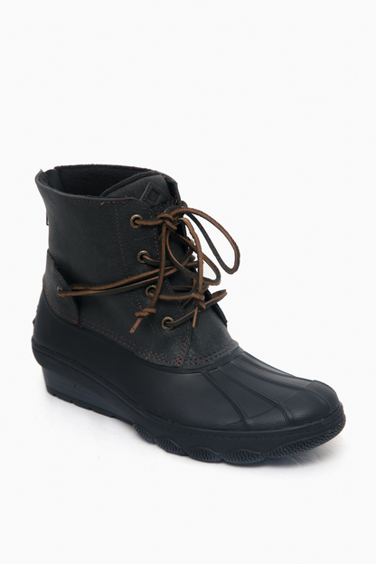black saltwater wedge tide duck boot