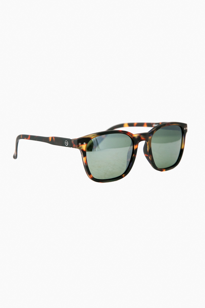Nautic Tortoise sunglasses with Polarized Lenses